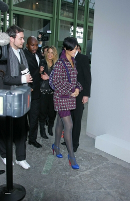 normal_rihanna-paris10