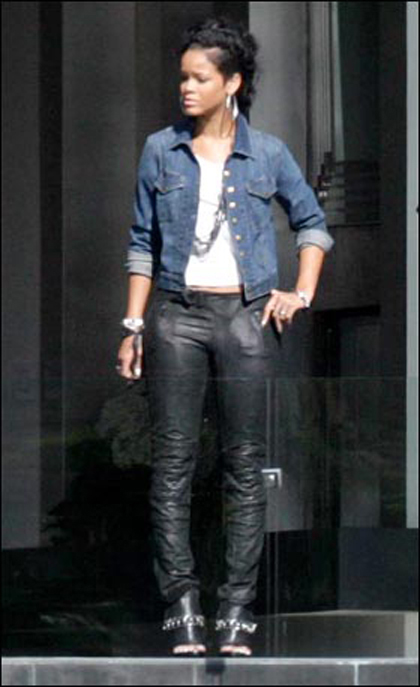 461cf240b Rihanna in Current Elliot Snap Button Jean Jacket in Hollywood ...