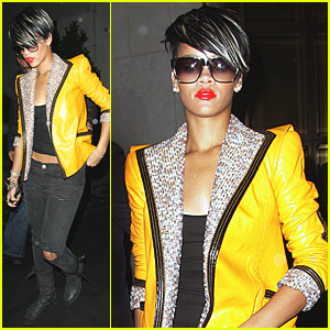 rihanna-yellow-jacket-jewels