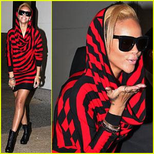rihanna-hoodie