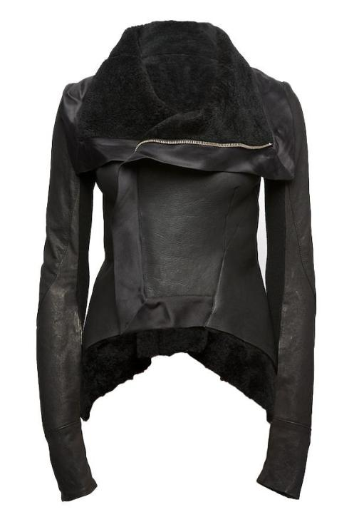 http://rihannastyle.files.wordpress.com/2009/11/shearling-peplum-jacket-rick-owens1.jpg?w=497&h=746